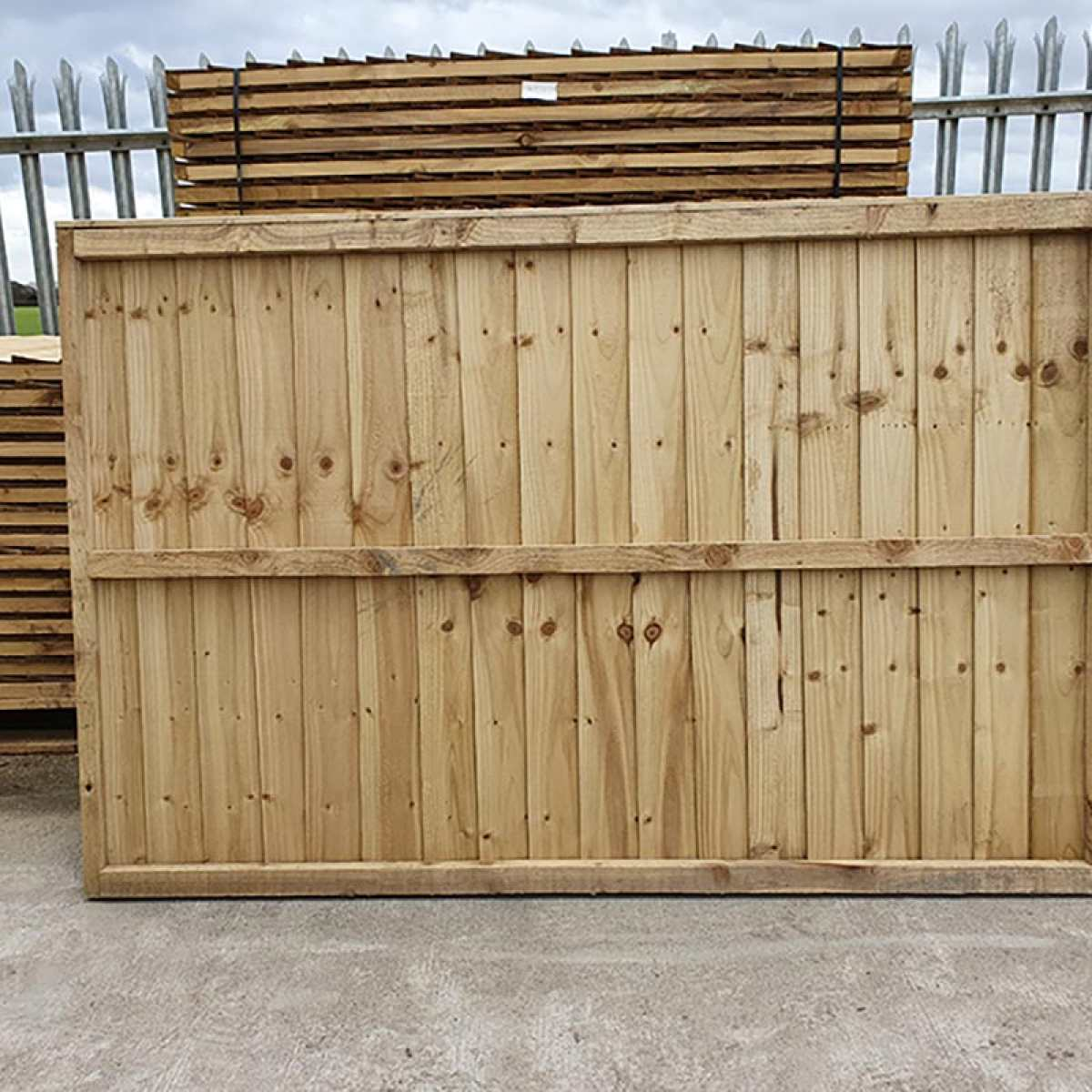 Feather Edge Fencing Panel Rear by Websters Timber