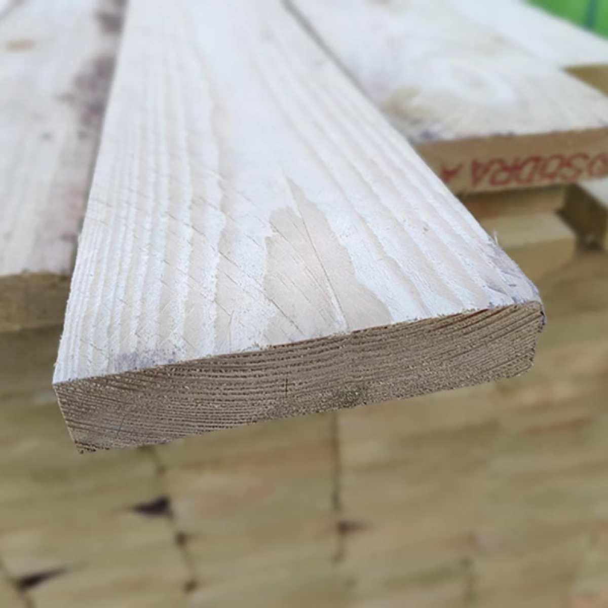 yorkshire boarding fence boards 2 websterstimber 800px by Image by Websters Timber